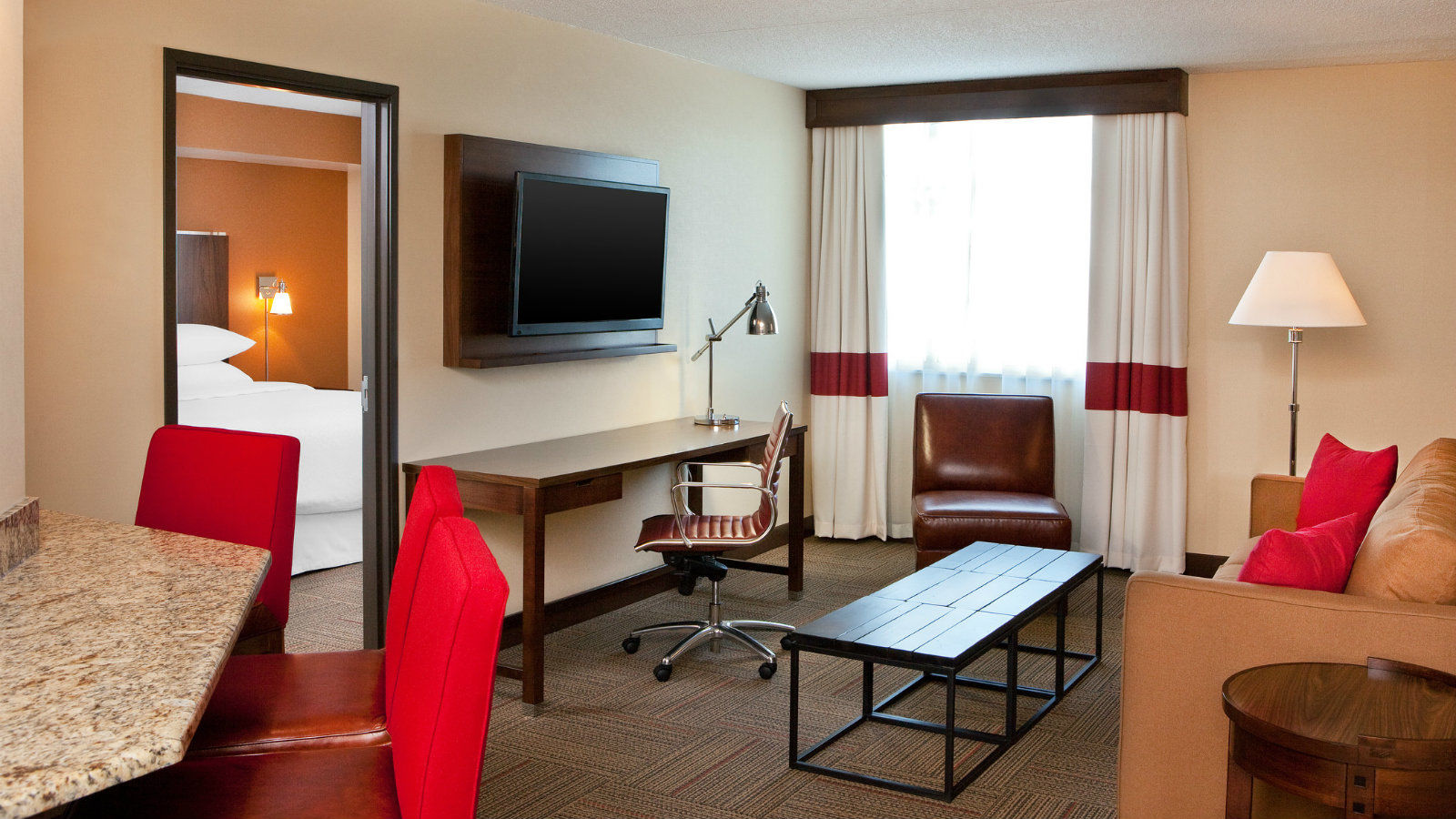Saginaw Accommodations - Suite